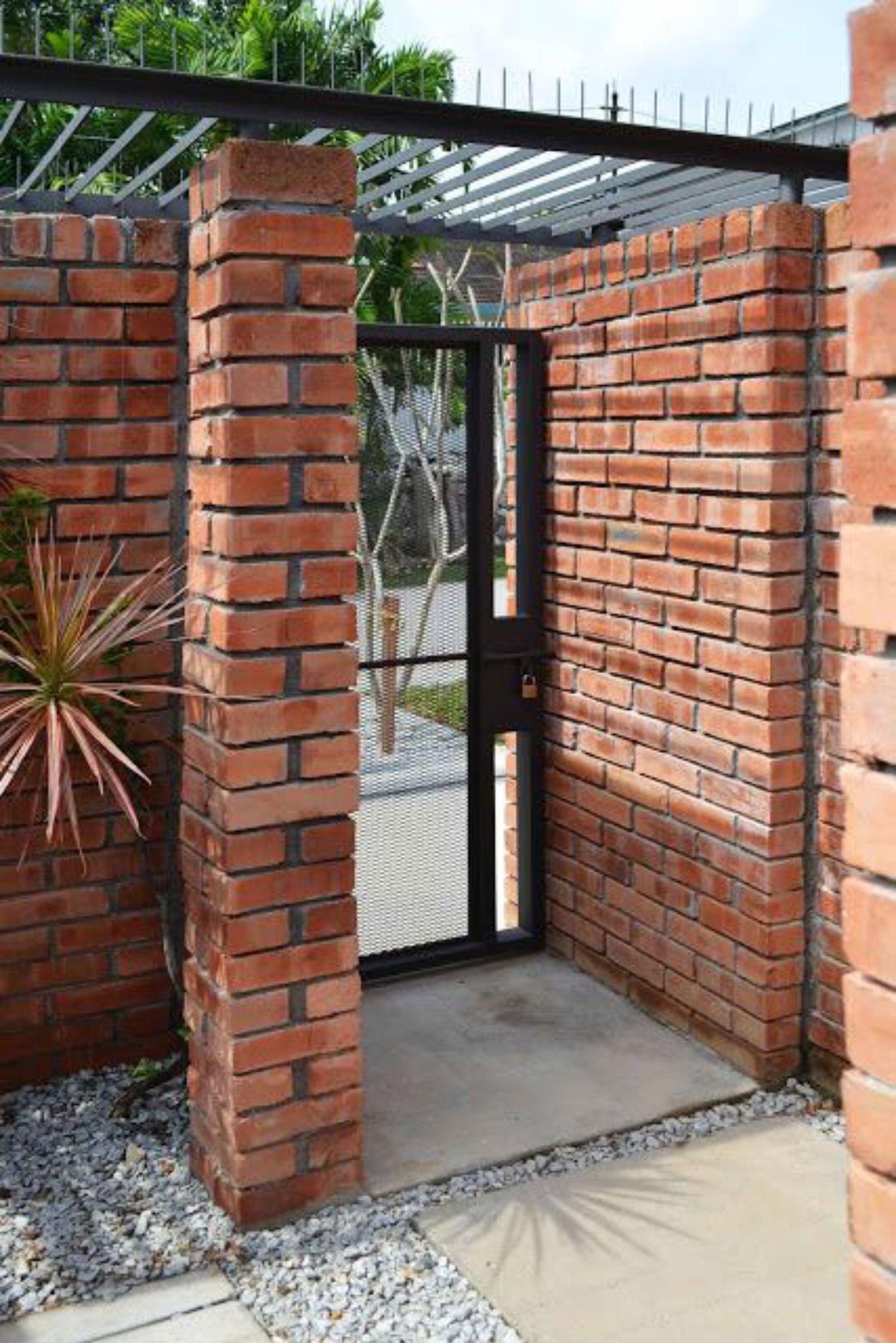 Jual Pagar Batu Bata di Bali Untuk Rumah dan Villa