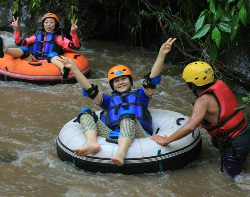 Participants with Guide in Bali Tubing Tour