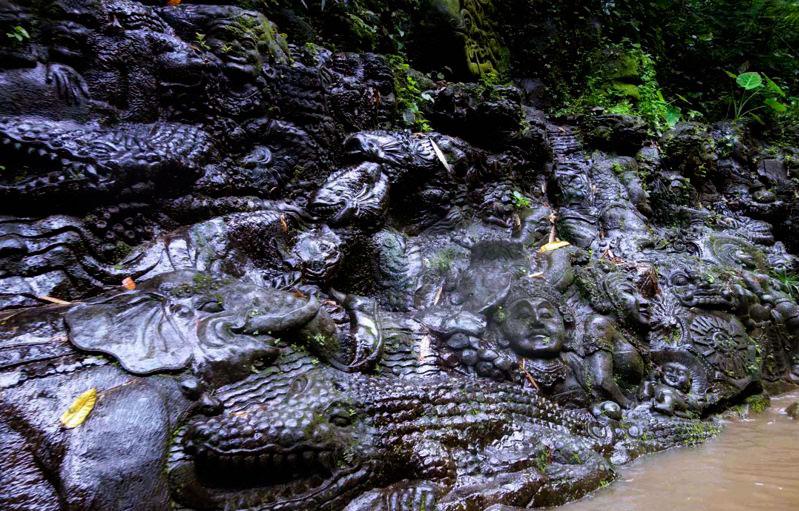 Balinese Stone Carving at Balli Ayung River
